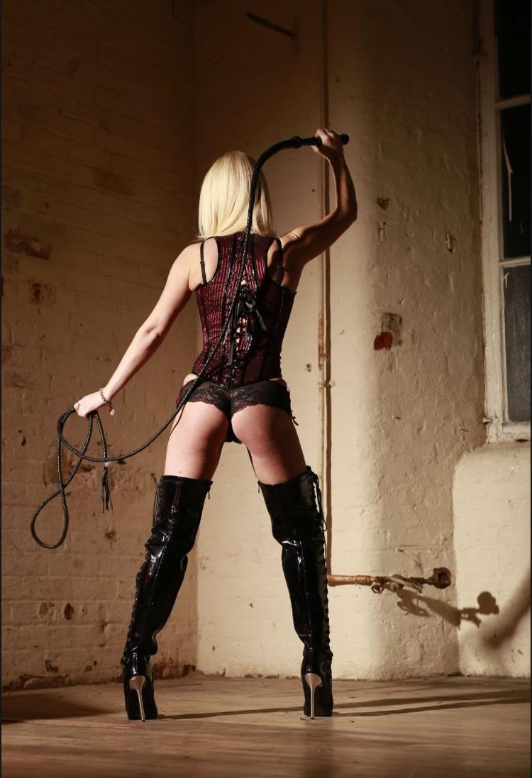 manchester-mistress-13